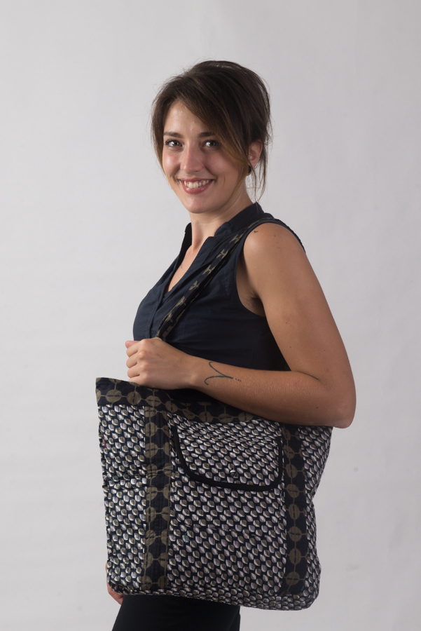 Nookhi Bag - Mogra Black