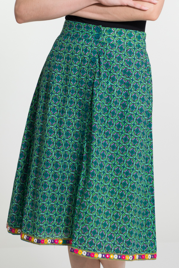 Button Skirt - Geo Flower Green with Mirror Embroidery